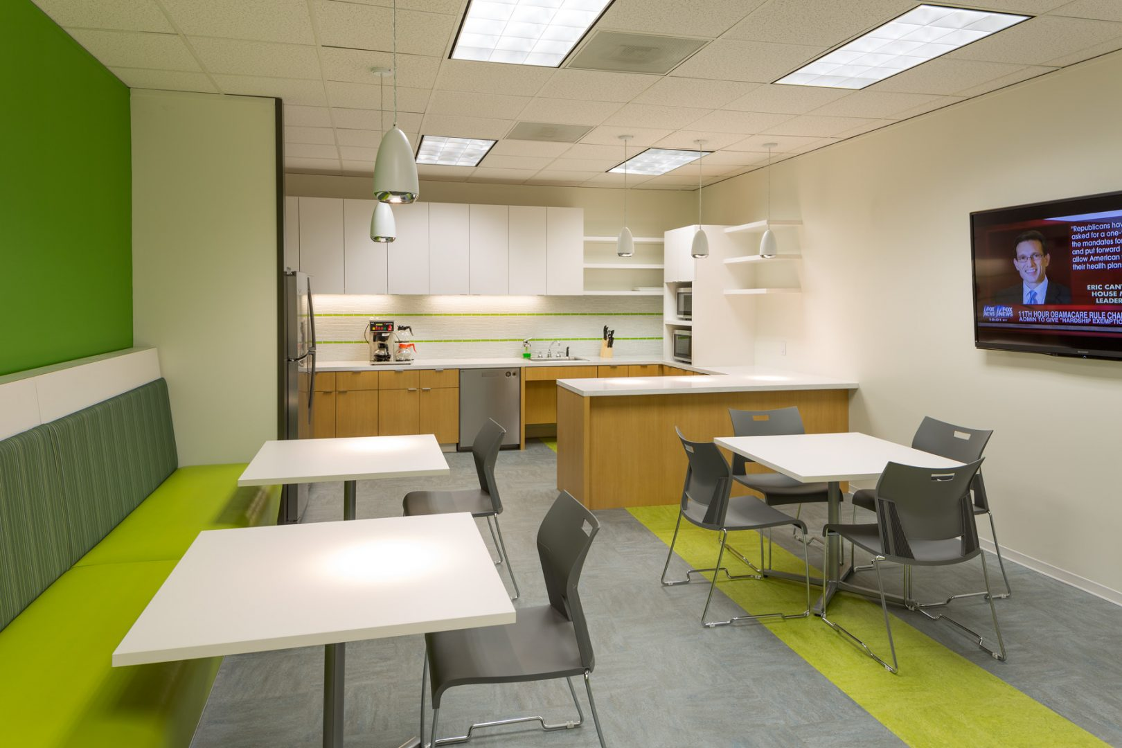 Workplace Interior Design Flow-Cal Houston Breakroom Seating