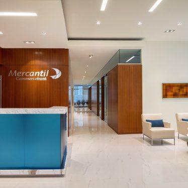 Mercantil Commercebank Flagship