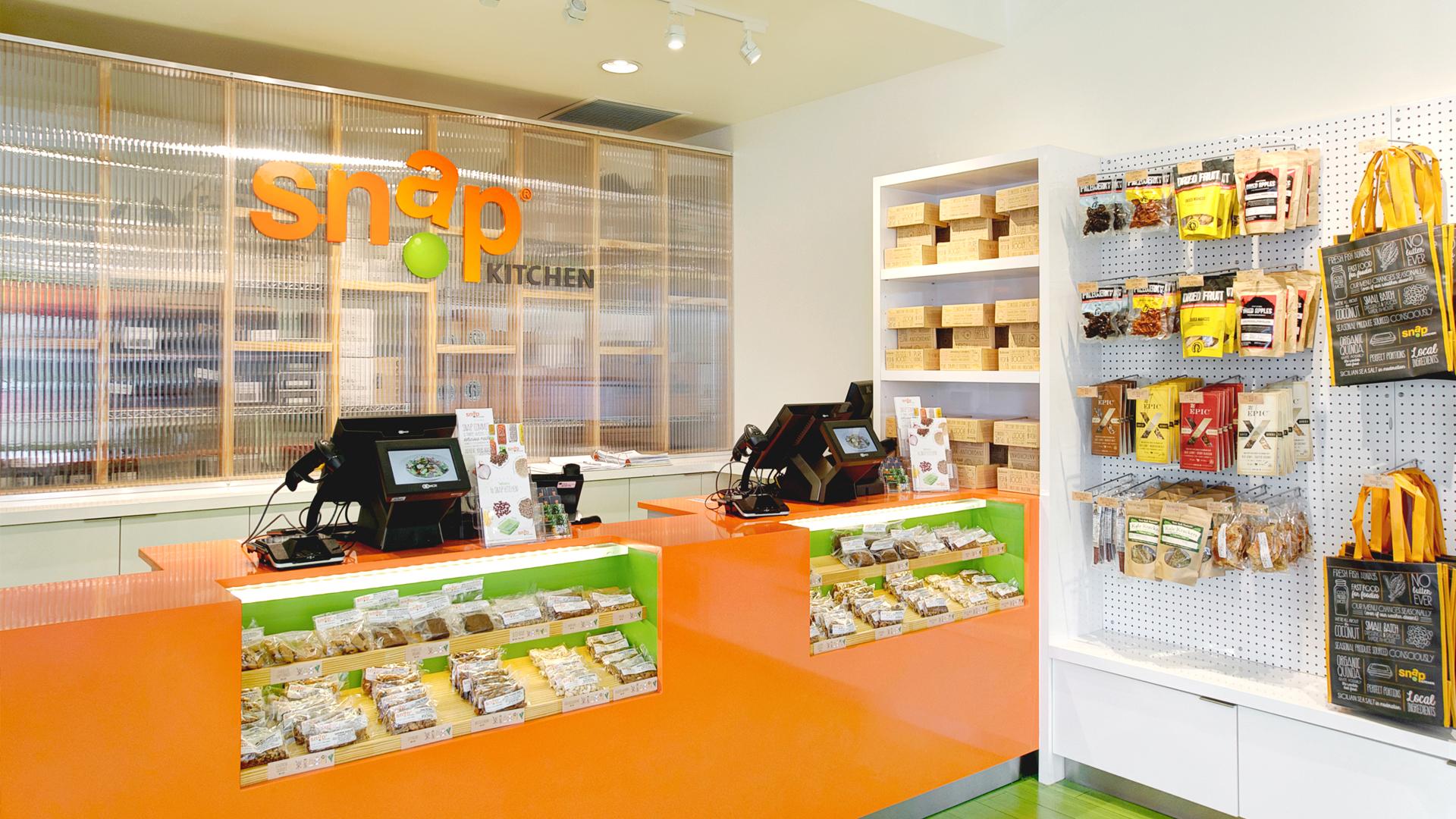 Commercial Retail Design Graphics SNAP KITCHEN HOUSTON Checkout