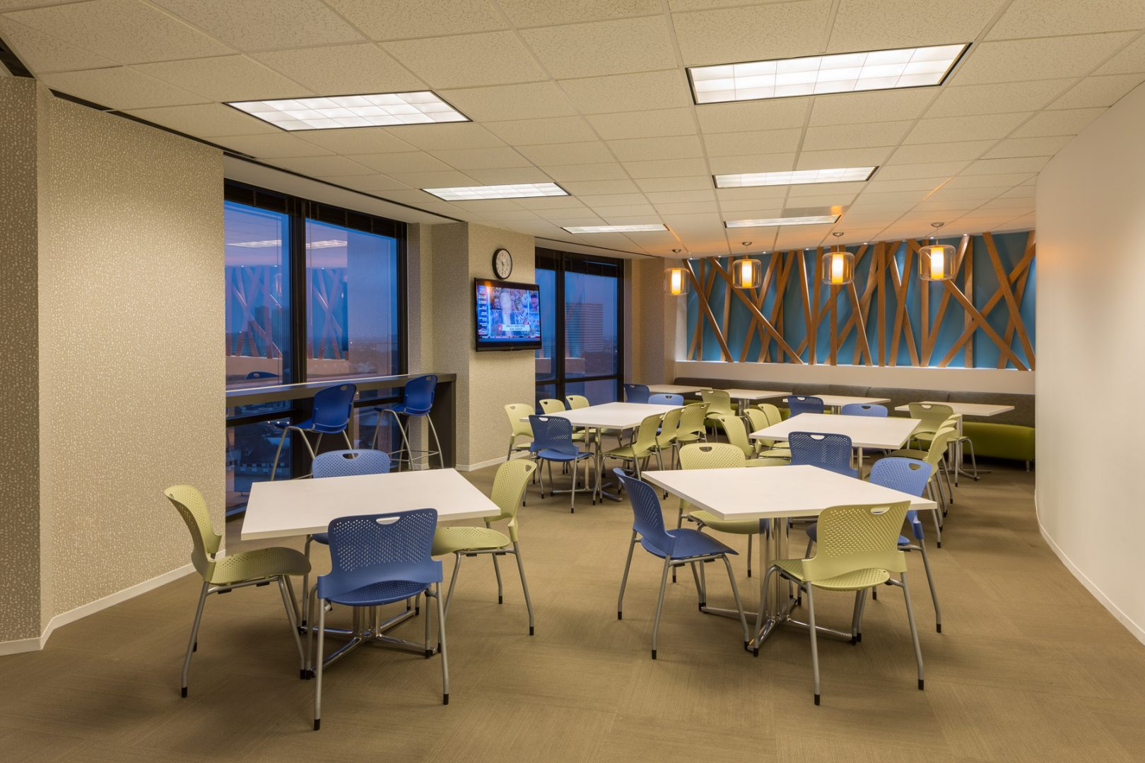 Corporate Interior Design Wood Mackenzie Houston Breakroom Seating Area