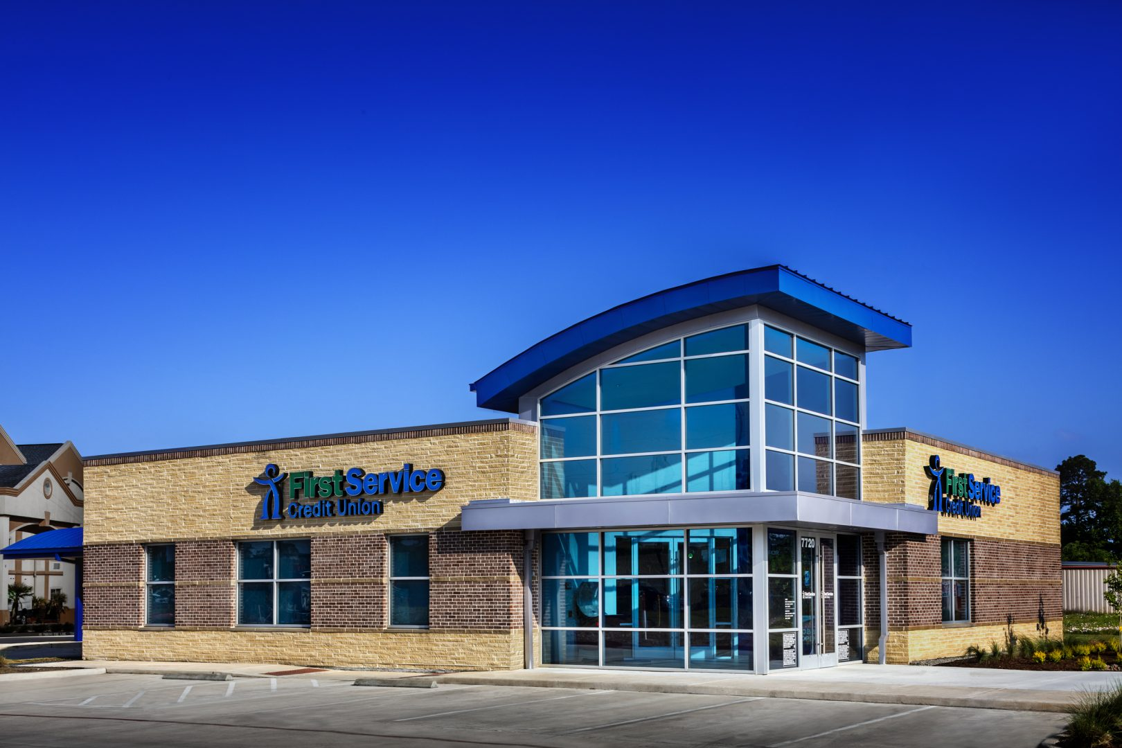 First-Service-Credit-Union-Bank-Building-Atascocita