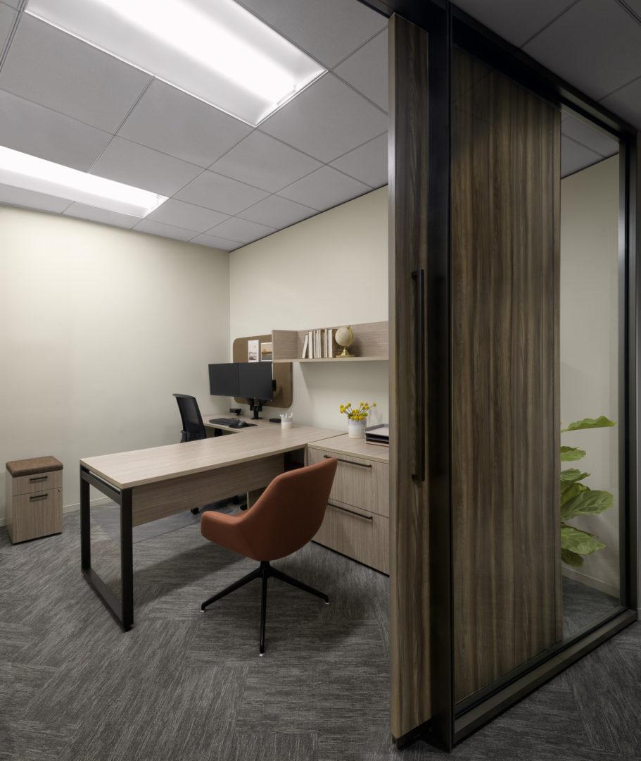Encino Energy_Corporate Private Office Design