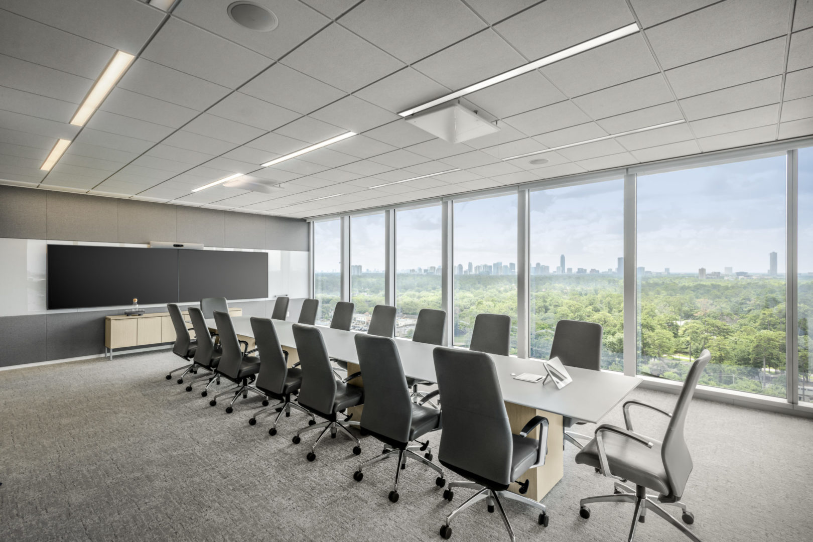 Fortune 500 Tech _ exceutive conference room